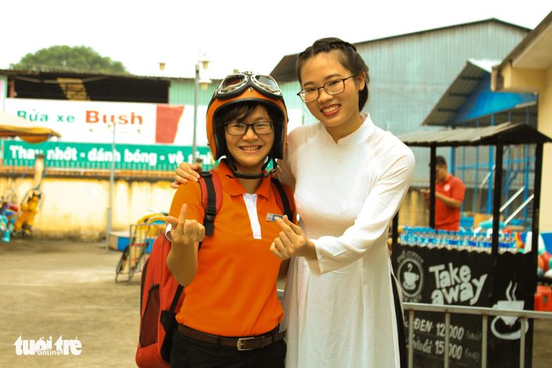 Vừa hiến máu, vừa chụp ảnh phong cách Sài Gòn xưa - Ảnh 9.