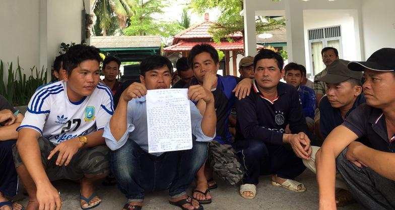 Tòa Indonesia hoãn phiên xử 5 thuyền trưởng Việt Nam - Ảnh 1.