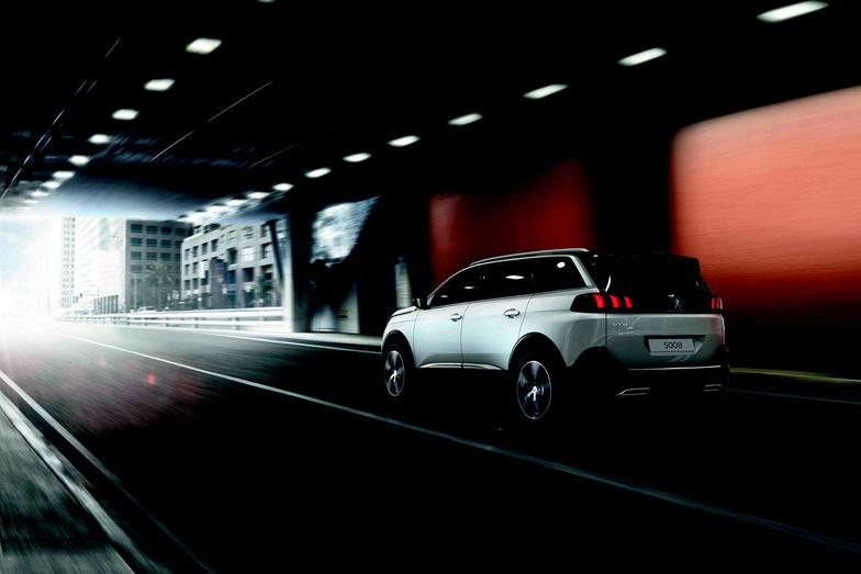 Peugeot 5008 - SUV 7 chỗ thế hệ mới đến VN - Ảnh 2.