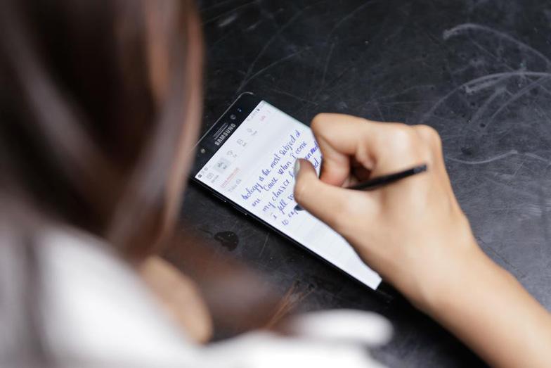 Galaxy Note FE: việc gì khó, đã có Note FE - Ảnh 2.