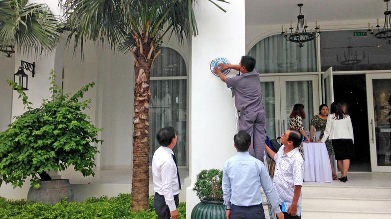 Nhân rộng mô hình nhà vệ sinh miễn phí của Nguyễn Hồng Sơn  - Ảnh 3.