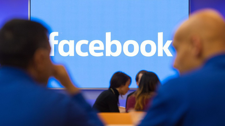 Facebook mở rộng tính năng tìm việc tại hơn 40 quốc gia - Ảnh 1.