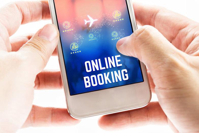 Nên đặt vé máy bay online trước bao lâu là hợp lý? - Ảnh 1.