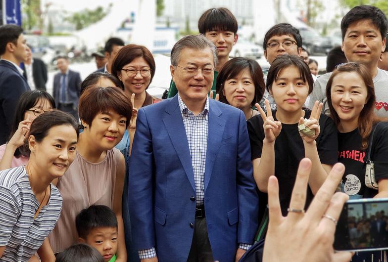 Samsung Galaxy S9+ - Trợ thủ đắc lực từ ảnh báo chí đến đời thường - Ảnh 1.