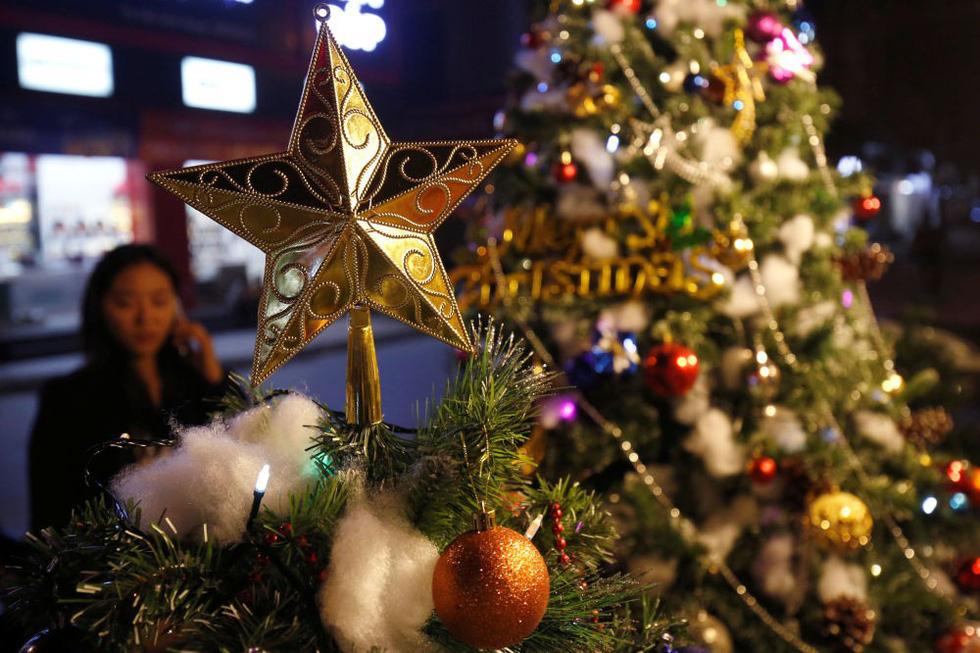 Thế giới rực rỡ đón Noel - Ảnh 2.