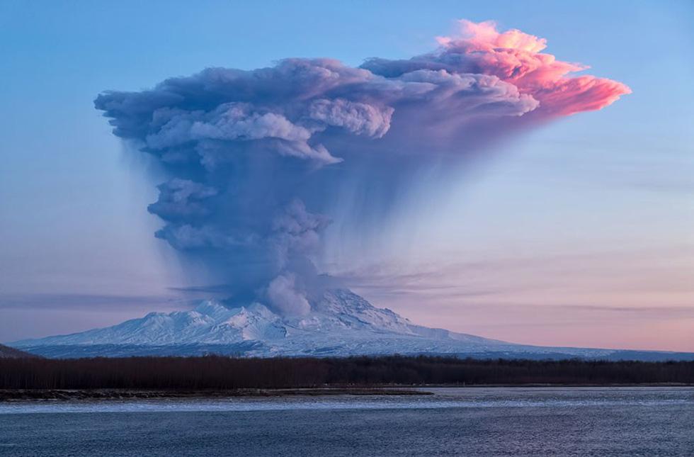 Những hình ảnh núi lửa phun trào ám ảnh trong năm 2017 - Ảnh 14.