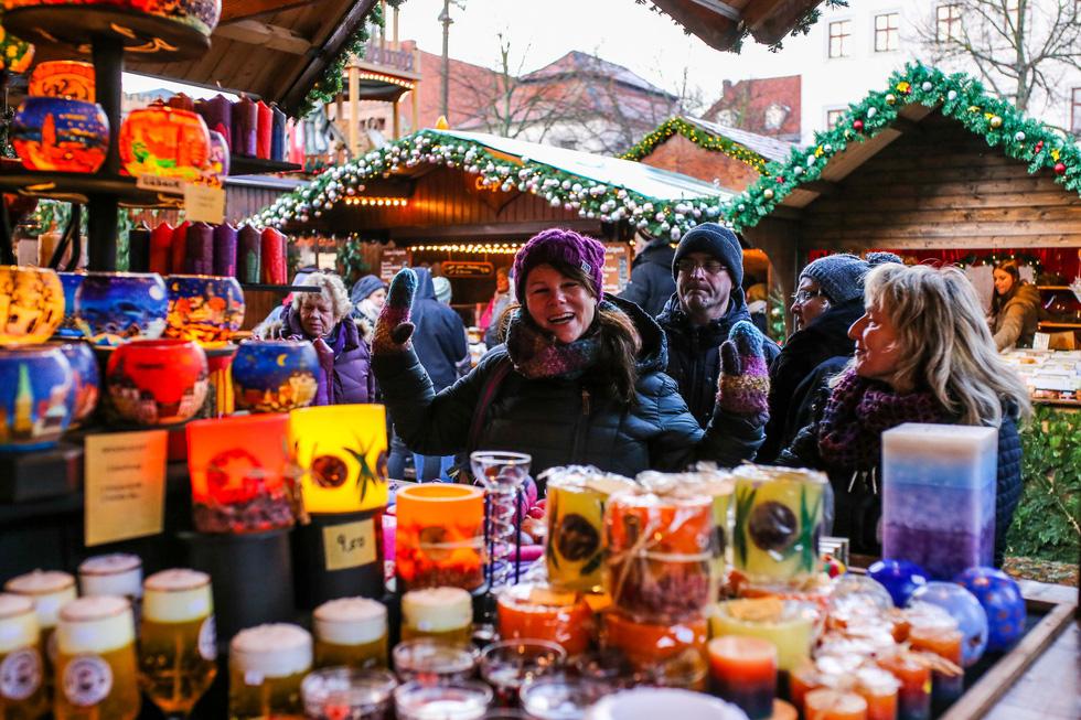 Đi chợ Giáng sinh trời Âu có gì vui? - Ảnh 12.