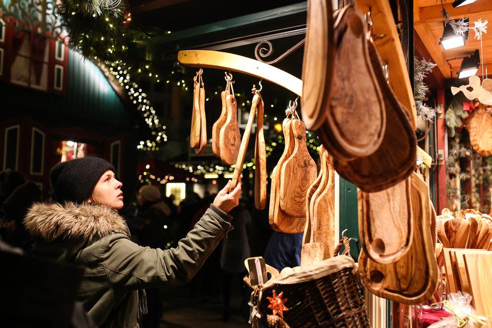 Đi chợ Giáng sinh trời Âu có gì vui? - Ảnh 13.