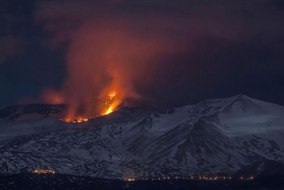 Những hình ảnh núi lửa phun trào ám ảnh trong năm 2017 - Ảnh 6.