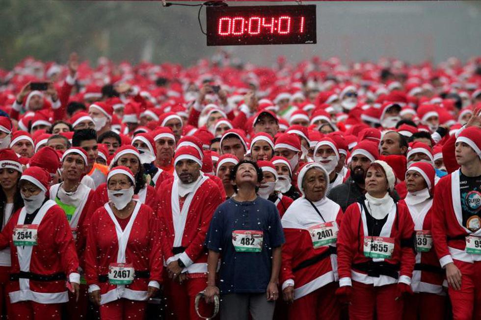 Giáng sinh rộn ràng khắp thế giới - Ảnh 17.