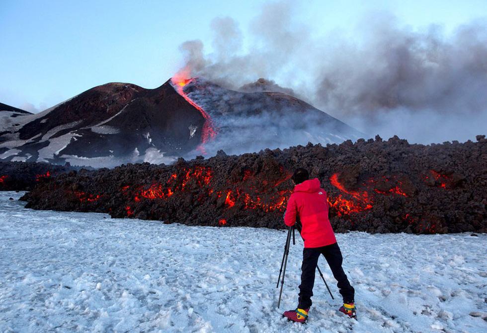 Những hình ảnh núi lửa phun trào ám ảnh trong năm 2017 - Ảnh 5.