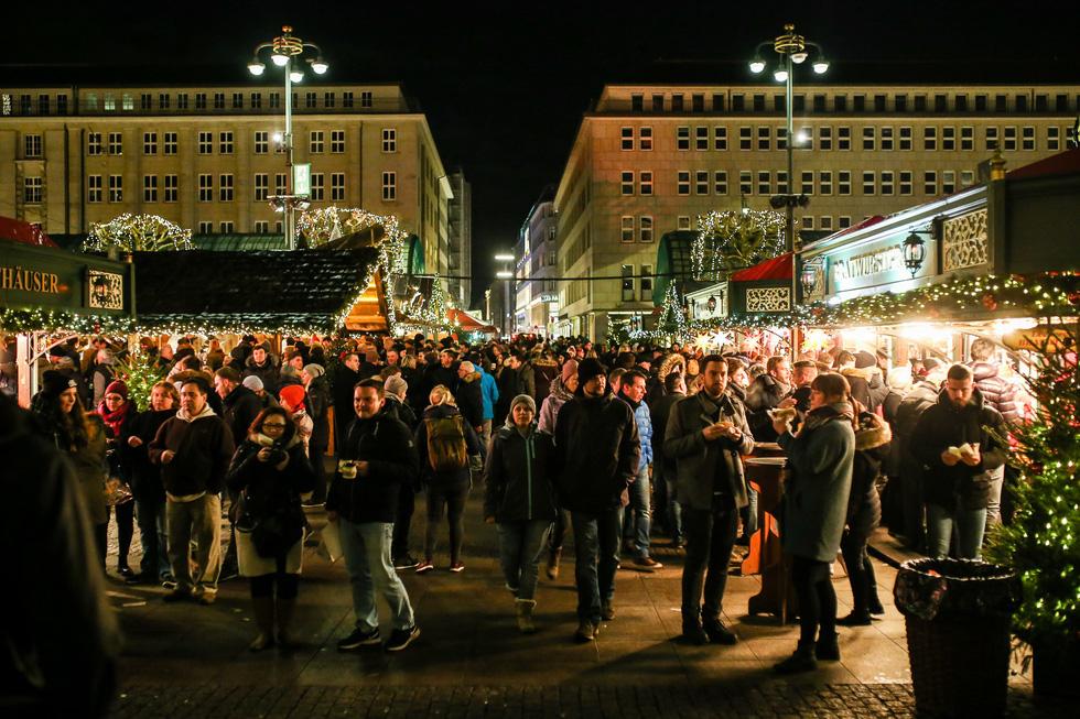 Đi chợ Giáng sinh trời Âu có gì vui? - Ảnh 2.
