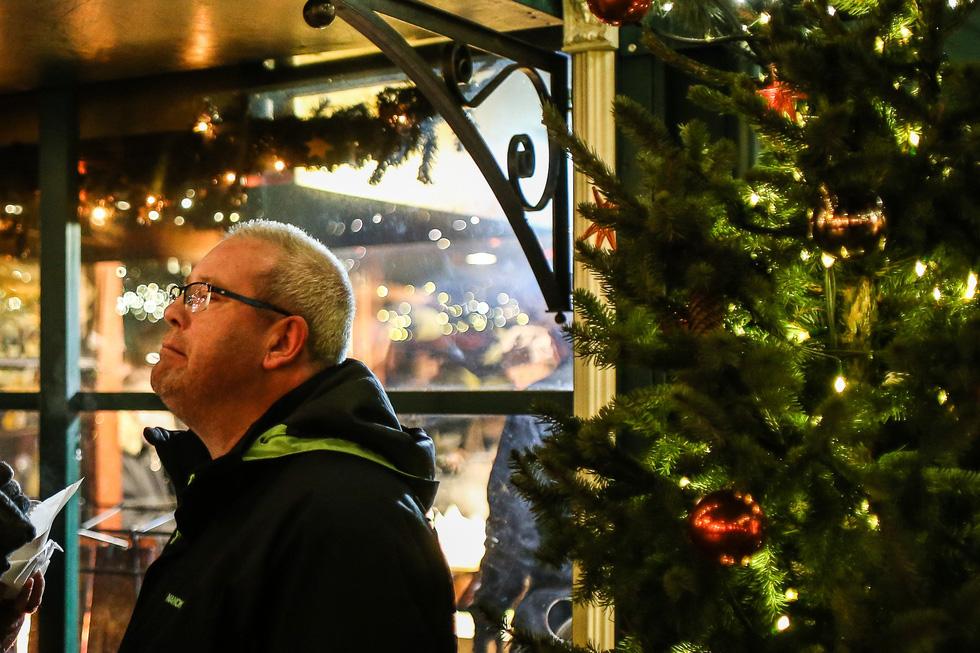 Đi chợ Giáng sinh trời Âu có gì vui? - Ảnh 22.