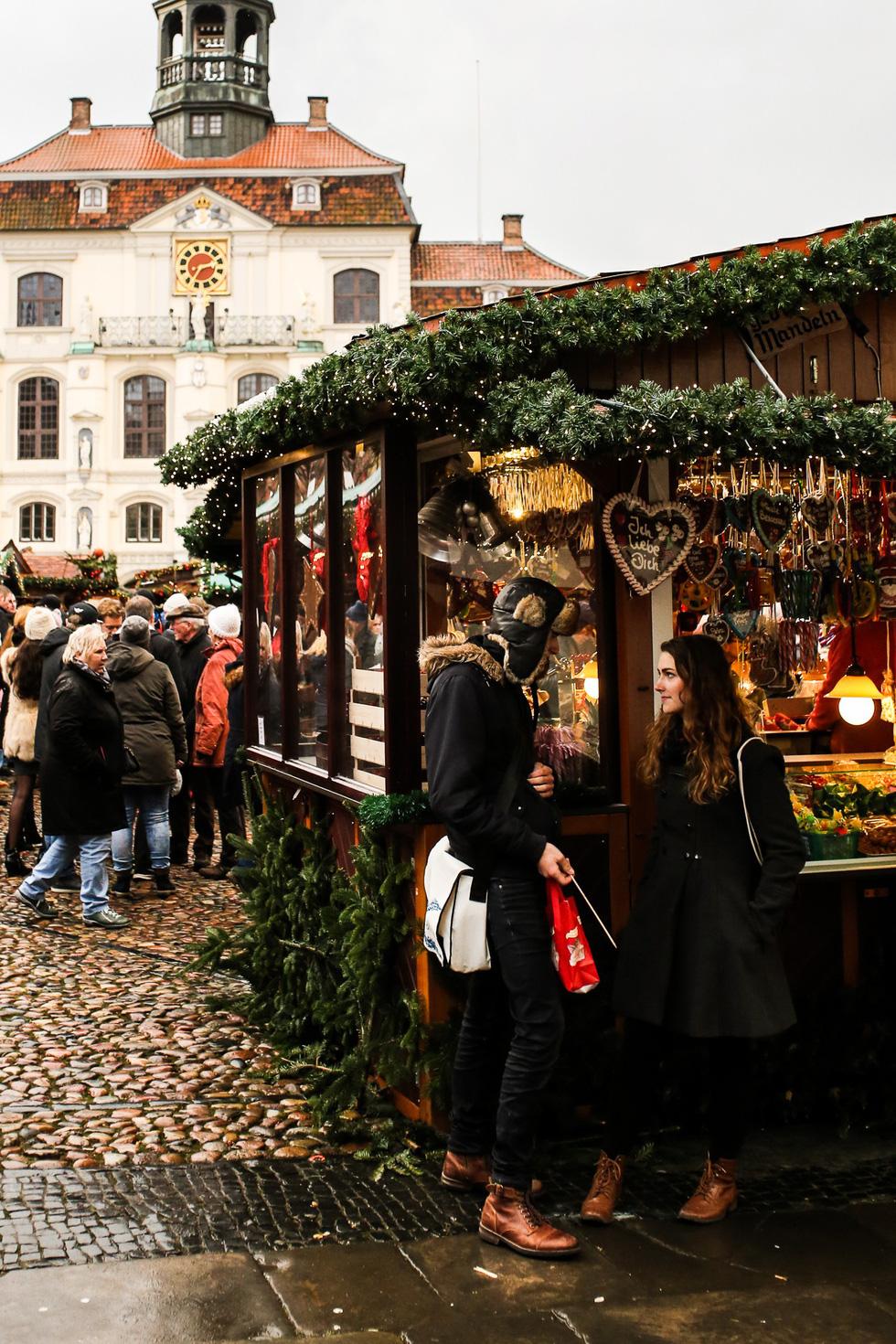 Đi chợ Giáng sinh trời Âu có gì vui? - Ảnh 23.