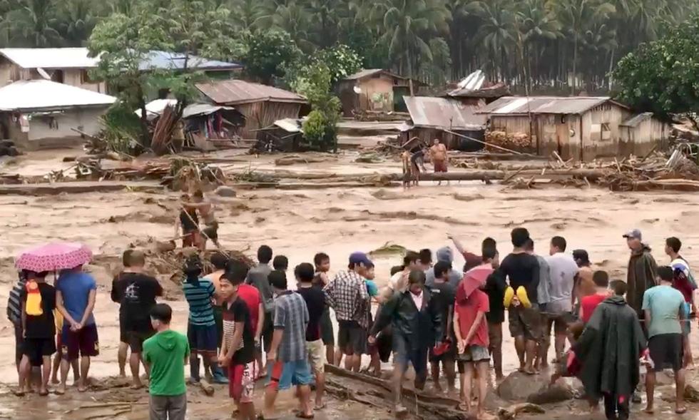 Thế giới trong tuần qua ảnh: bão Tembin tàn phá Philippines - Ảnh 1.