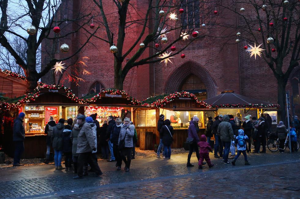 Đi chợ Giáng sinh trời Âu có gì vui? - Ảnh 3.