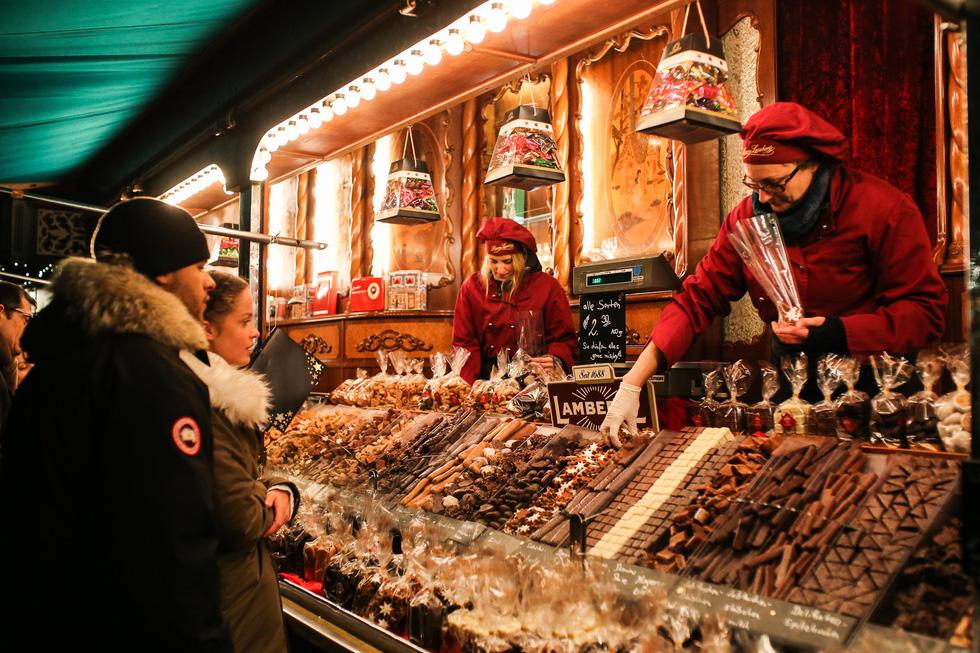 Đi chợ Giáng sinh trời Âu có gì vui? - Ảnh 4.