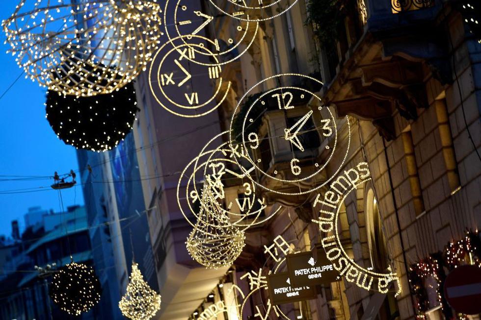 Thế giới rực rỡ đón Noel - Ảnh 6.