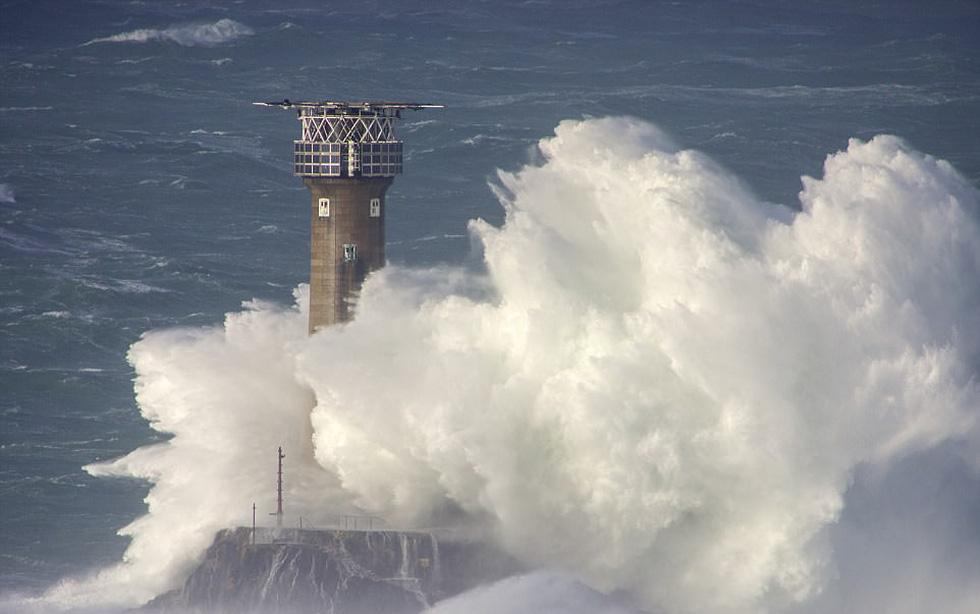 Ngắm vẻ đẹp dữ dội và dịu êm của sóng biển - Ảnh 5.
