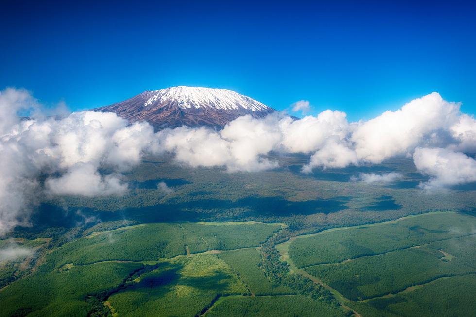 9 ngọn núi đẹp trên thế giới - Ảnh 5.