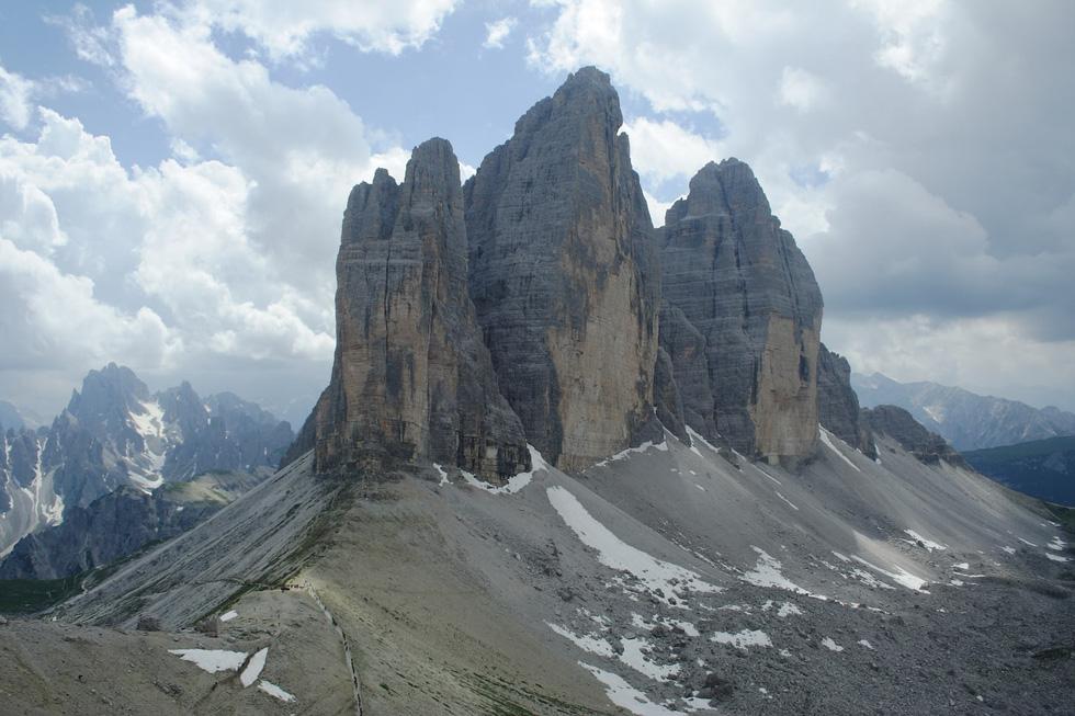 9 ngọn núi đẹp trên thế giới - Ảnh 6.