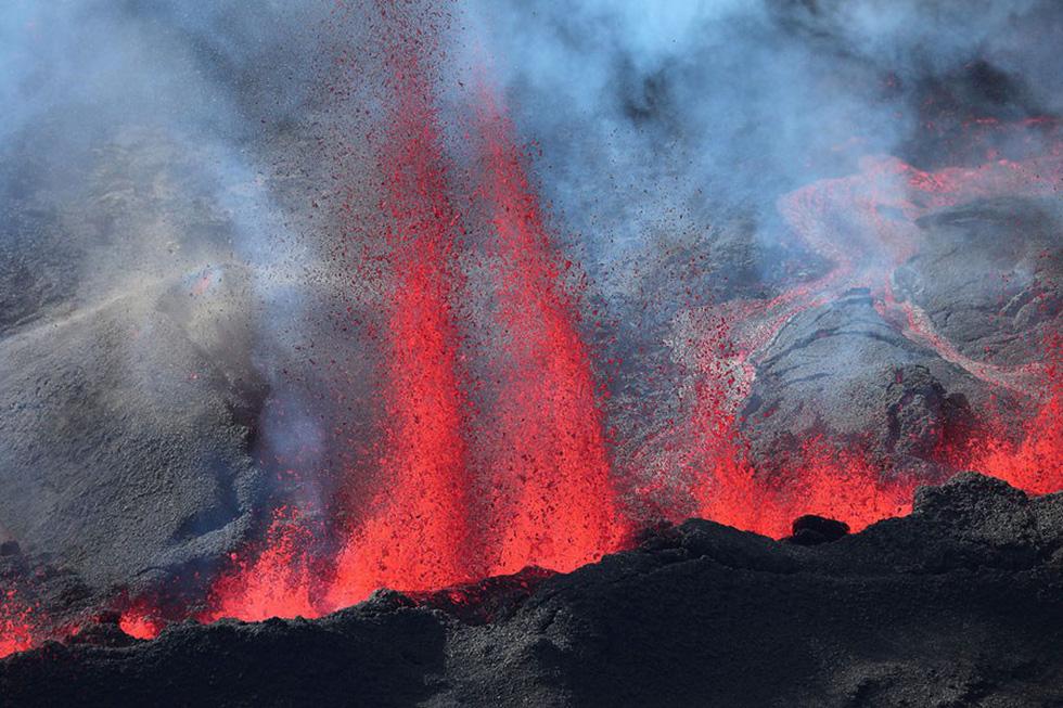 Những hình ảnh núi lửa phun trào ám ảnh trong năm 2017 - Ảnh 9.