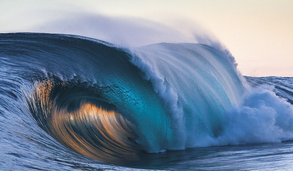 Ngắm vẻ đẹp dữ dội và dịu êm của sóng biển - Ảnh 7.