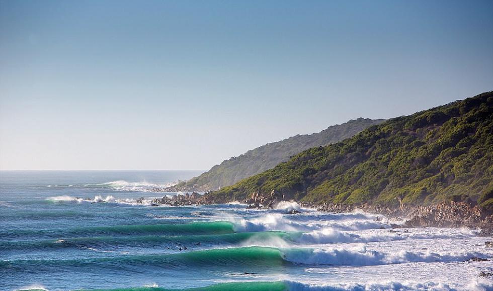 Ngắm vẻ đẹp dữ dội và dịu êm của sóng biển - Ảnh 8.