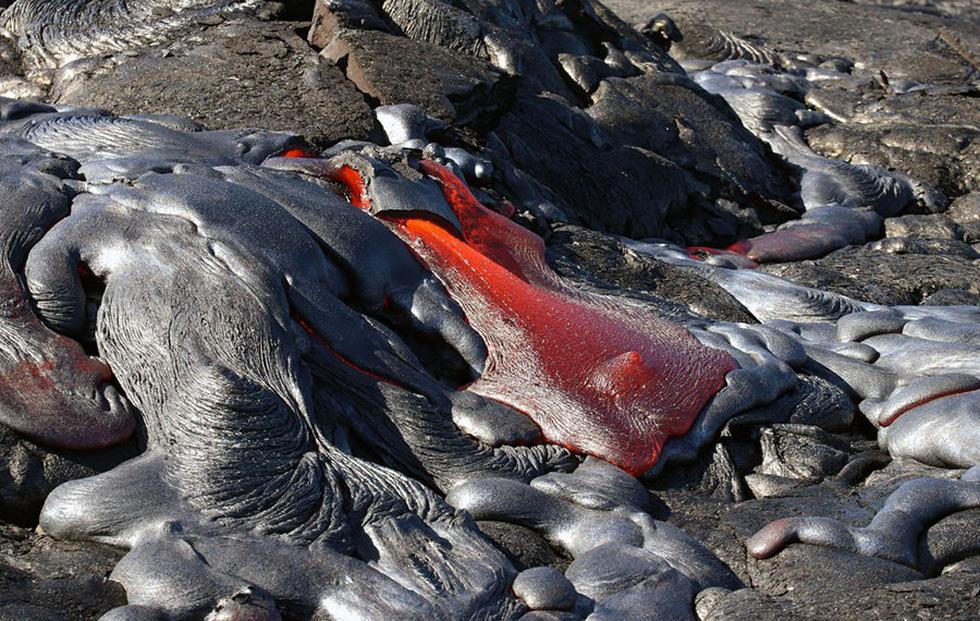 Những hình ảnh núi lửa phun trào ám ảnh trong năm 2017 - Ảnh 15.