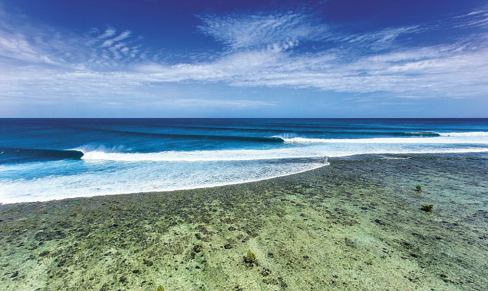 Ngắm vẻ đẹp dữ dội và dịu êm của sóng biển - Ảnh 9.