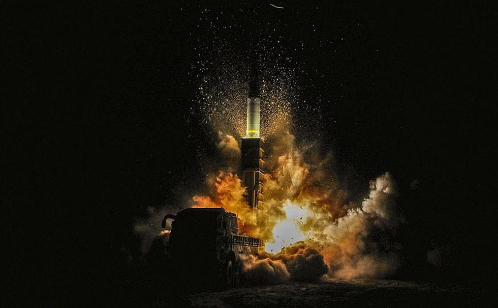 Thế giới trong tuần qua ảnh: núi lửa phun ở Indonesia, tai nạn đường sắt ở Tây Ban Nha - Ảnh 8.