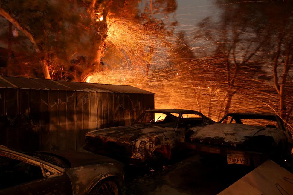 Thế giới trong tuần qua ảnh: hỏa hoạn kinh hoàng ở California - Ảnh 2.