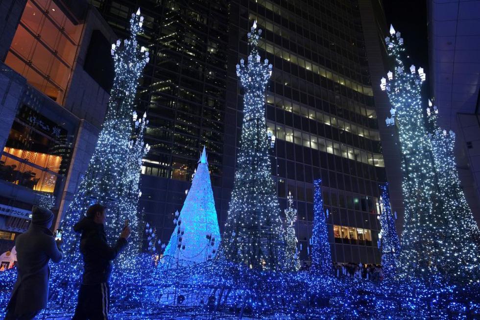 Thế giới rực rỡ đón Noel - Ảnh 11.