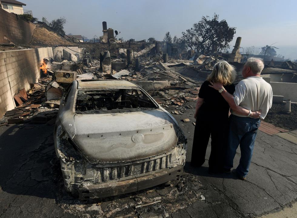 Những hình ảnh kinh hoàng ở biển lửa California - Ảnh 22.