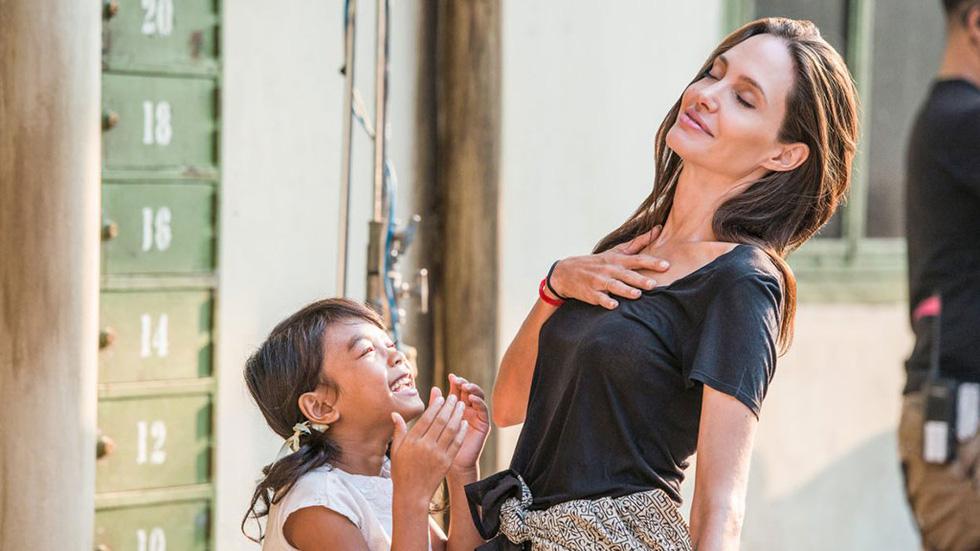 Nhật ký những chuyến đi của Angelina Jolie: Hành trình của một người từ ái - Ảnh 6.