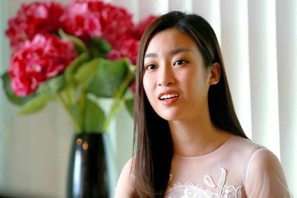 Hoa hậu Việt Nam sẽ tiếp tục cõng điện lên bản - Ảnh 1.