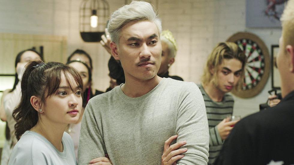 Đạo diễn Em chưa 18 muốn tặng Bông Sen Vàng cho Charlie Nguyễn - Ảnh 12.
