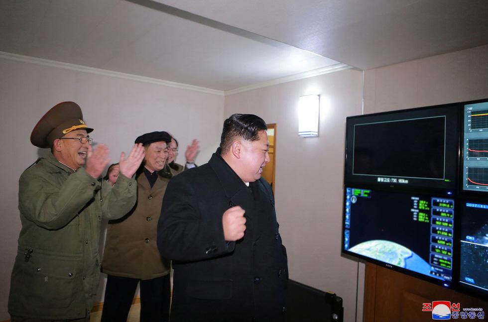 Tên lửa Hwasong-15 của Triều Tiên đáng gờm cỡ nào? - Ảnh 3.
