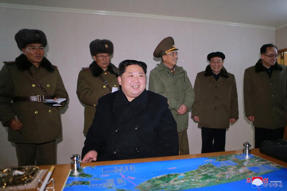 Tên lửa Hwasong-15 của Triều Tiên đáng gờm cỡ nào? - Ảnh 7.