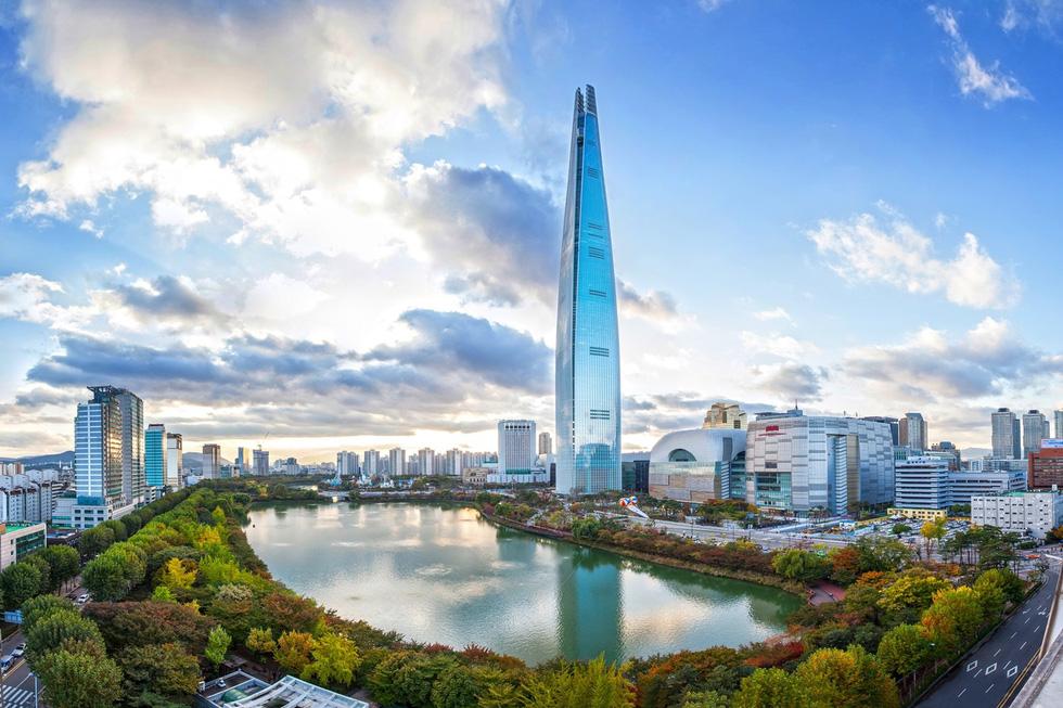 Hơn nửa số tòa nhà chọc trời trên thế giới 2017 của Trung Quốc - Ảnh 3.