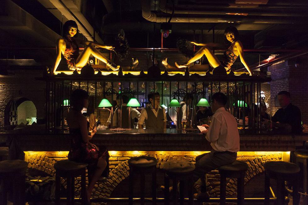 9 quán bar ở Bangkok đẹp ngất ngây - Ảnh 8.