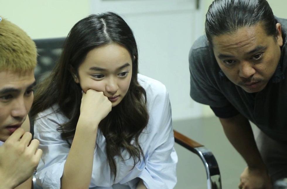 Đạo diễn Em chưa 18 muốn tặng Bông Sen Vàng cho Charlie Nguyễn - Ảnh 3.