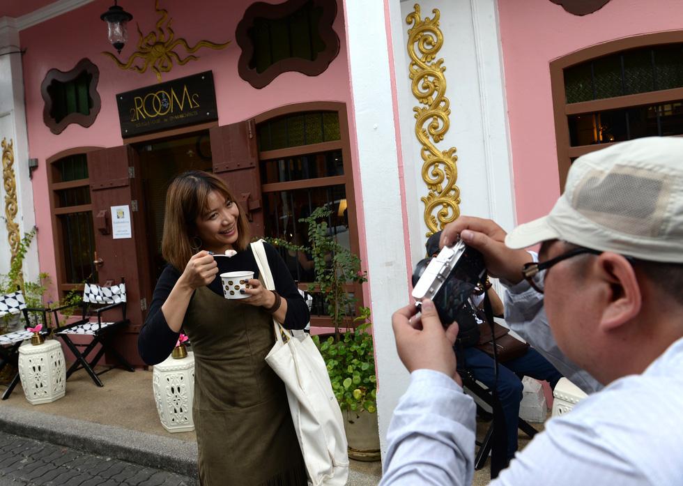 Lạc vào phố cổ Phuket - Ảnh 3.