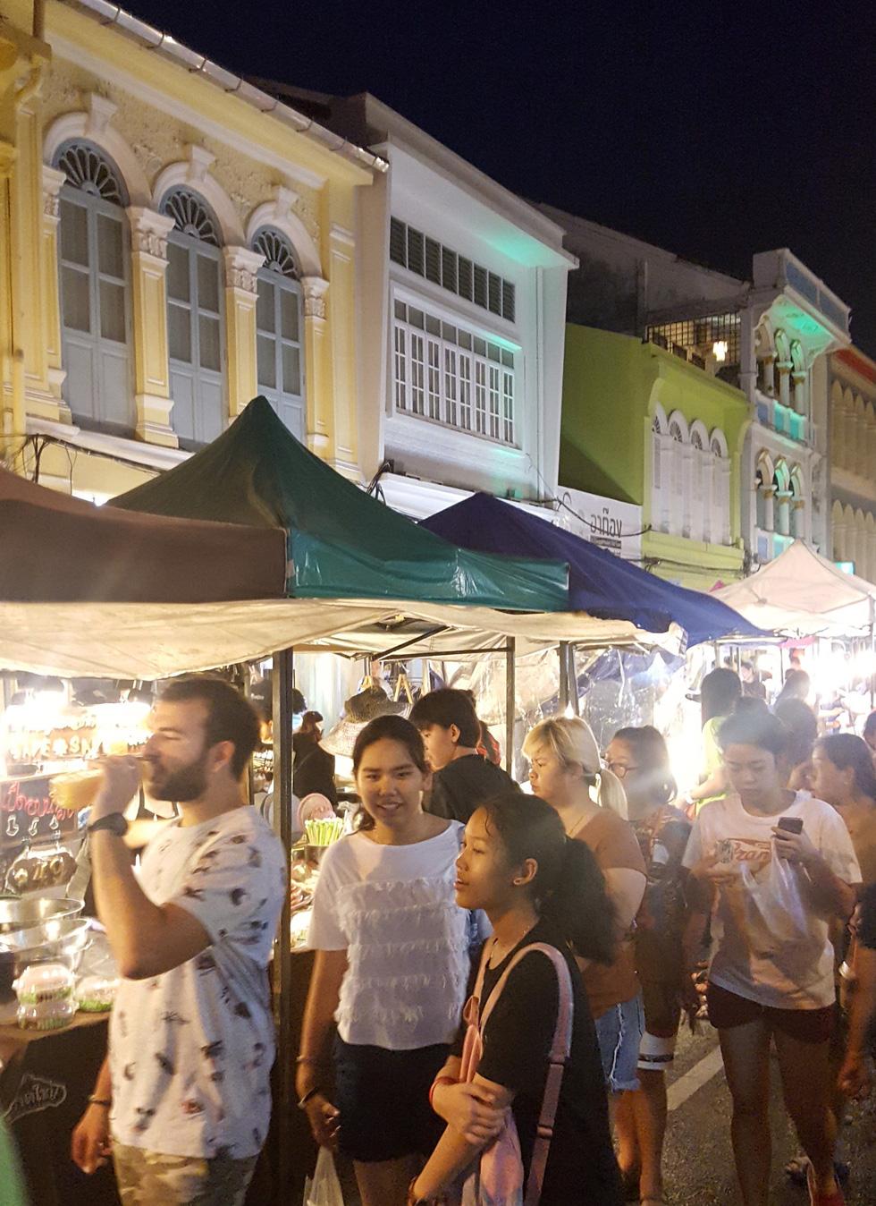 Lạc vào phố cổ Phuket - Ảnh 5.
