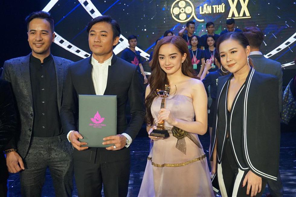 Đạo diễn Em chưa 18 muốn tặng Bông Sen Vàng cho Charlie Nguyễn - Ảnh 9.