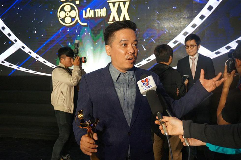 Đạo diễn Em chưa 18 muốn tặng Bông Sen Vàng cho Charlie Nguyễn - Ảnh 2.