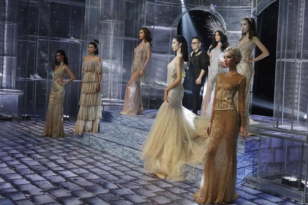 Minh Tú và dàn người mẫu hóa nữ thần show Chung Thanh Phong - Ảnh 11.