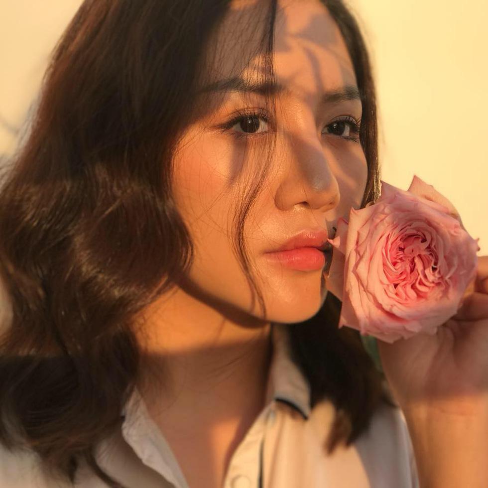 10 năm ca hát của Văn Mai Hương: Giai đoạn đẹp nhất, nồng nàn tỏa hương