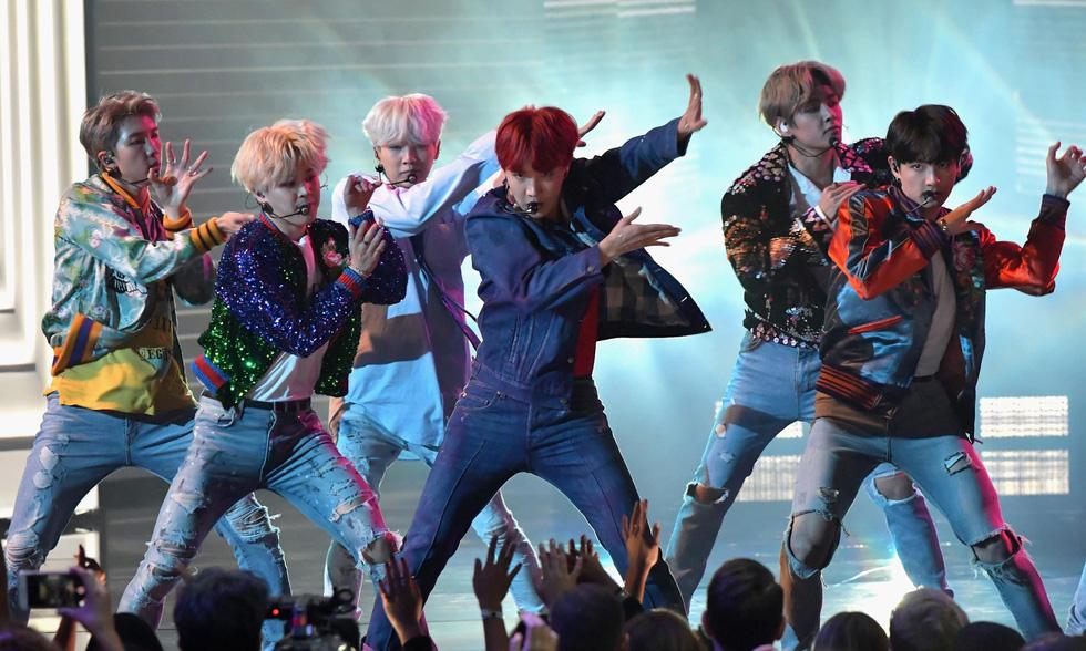 BTS đã trở thành boyband đình đám nhất thế giới như thế nào? - Ảnh 6.