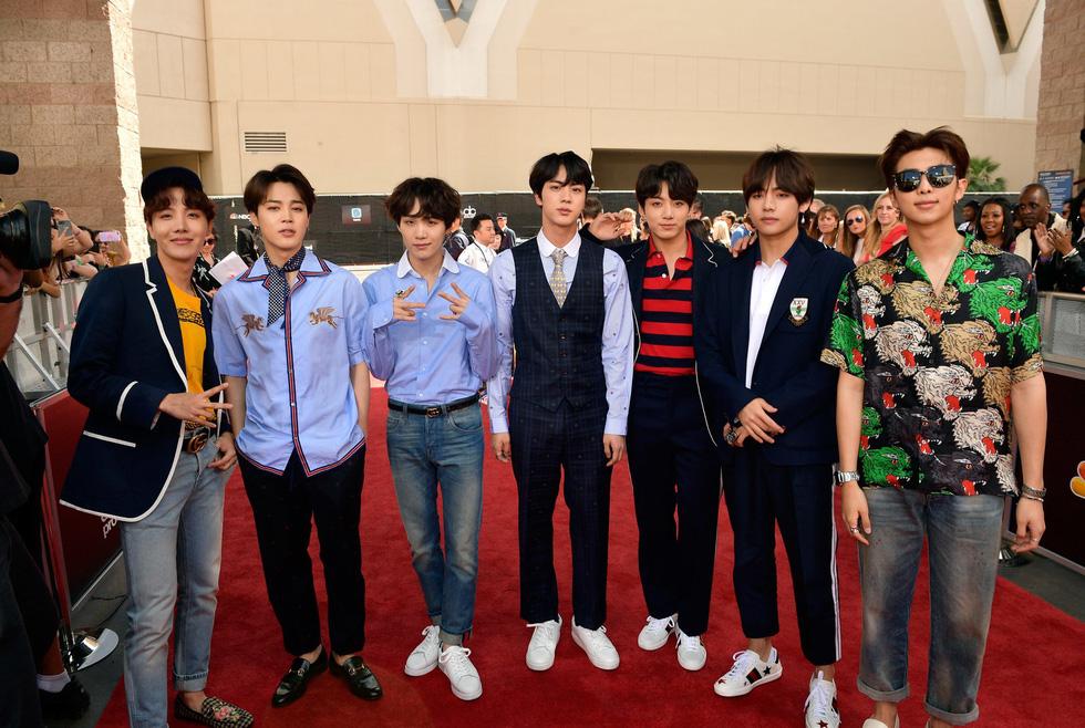 BTS đã trở thành boyband đình đám nhất thế giới như thế nào? - Ảnh 9.
